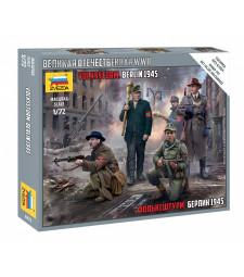 1:72 VOLKSSTURM. BERLIN 1945 -snap-fit