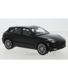 Porsche Macan Turbo, black