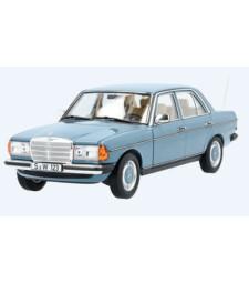 Mercedes 200 (W123), Blue