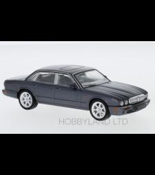 Jaguar XJ8 (X308), metallic dark gray, RHD, 1998