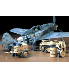 1:48 German Aircraft Power Supply Unit - 3 figures