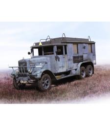 1:35 Henschel 33 D1 Kfz.72, WWII German Radio Communication Truck