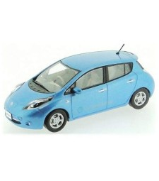 Nissan Leaf (2010) in Blue