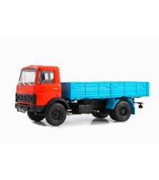 MAZ-5337 flatbed truck