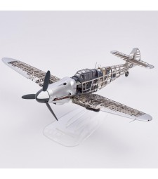 1:16 MESSERSCHMITT BF109G - Metal and Plastic Model Kit