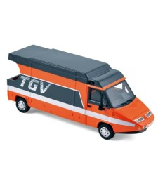 Renault Master TGV 1983 Orange