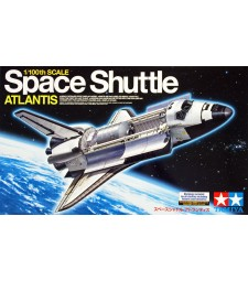 1:100 Space Shuttle Atlantis - 1 figure and stand