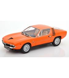 Alfa Romeo Montreal Interieur creme 1970 orange Limited Edition 500 pcs.
