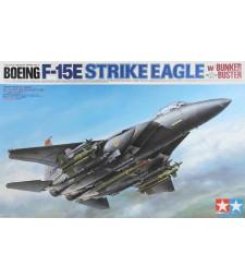 """1:32  F-15E Strike Eagle - """"Bunker Buster"""" - 2 figures"""