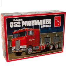 1:25 Coca Cola Peterbilt 352 Pacemaker