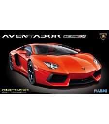 1:24 Lamborghini Aventador LP700-4