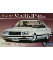 1:24 ID-128 Toyota Mark 2 Grande (GX 61)