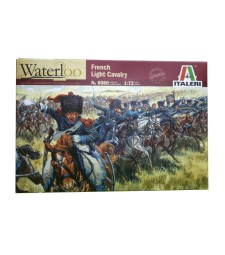 1:72 NAPOLEONIC WARS: FRENCH LGT CAVALRY - 17 figures