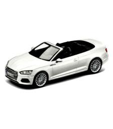 Audi A5 Convertible - Glacier  White