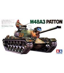 1:35 U.S. M48A3 Patton Tank - CQ220 - 1 figure