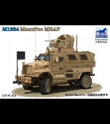 1:35 M1224 MaxxPro MRAP
